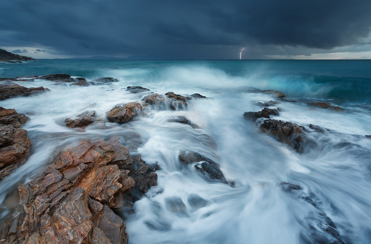 nature, Landscape, Clouds, Water, Sea, Storm, Lightning, Rock, Waves, Horizon, Long exposure Wallpaper