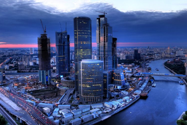 architecture, Building, Skyscraper, Cityscape, Moscow, Russia, River, Bridge, Clouds, Evening, Sunset, Cranes (machine), Lights HD Wallpaper Desktop Background