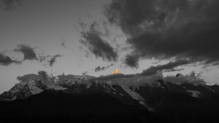 mountains, Clouds, Selective coloring, Nature, Landscape, Snowy peak, Sunset, Sunlight HD Wallpaper Desktop Background
