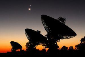 evening, Antenna