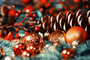 Christmas, Christmas ornaments, Bokeh, Depth of field, Pine cones