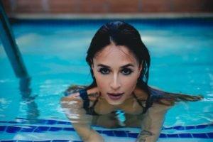 Tianna Gregory, Swimming pool