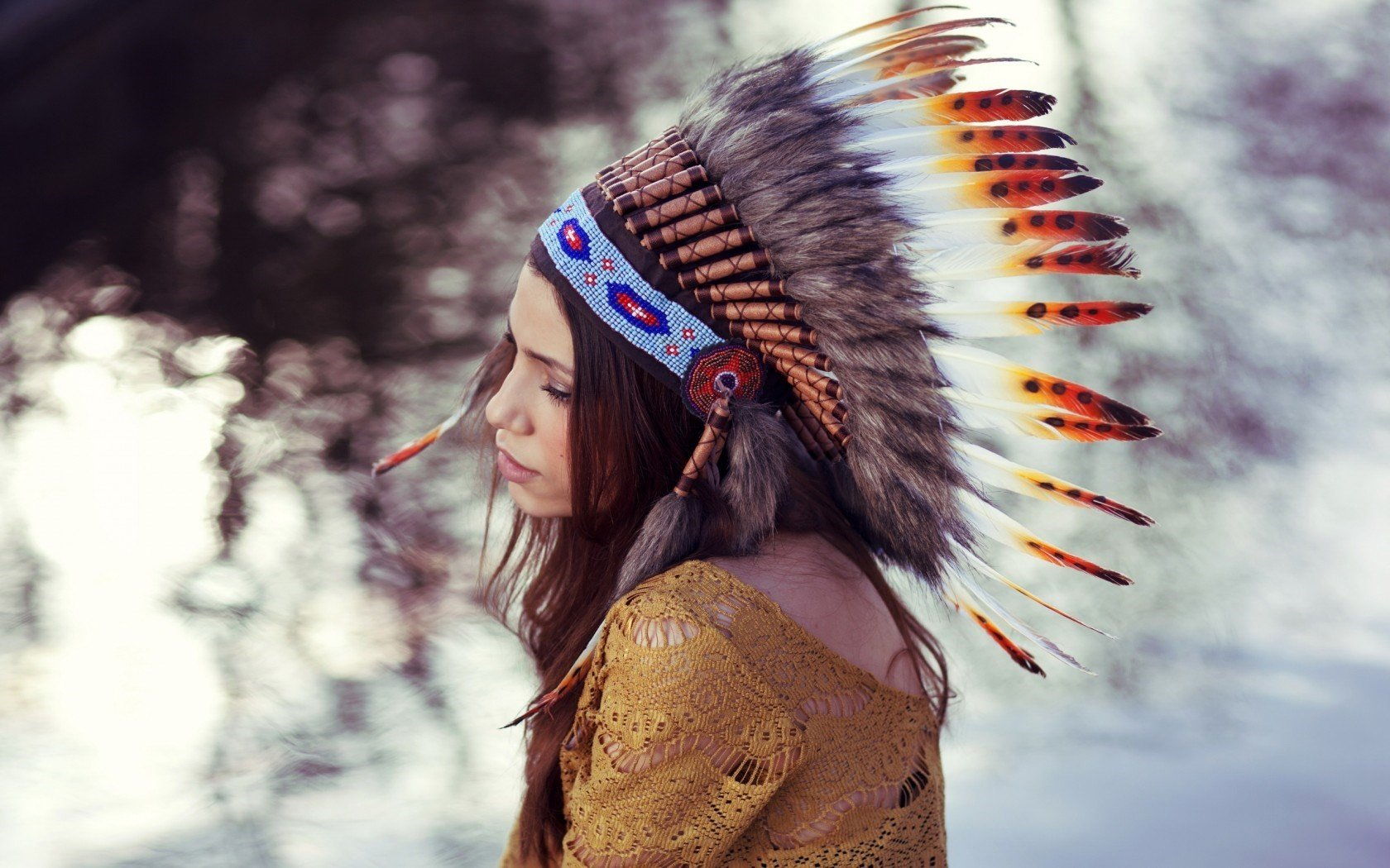 How to Make a Warbonnet