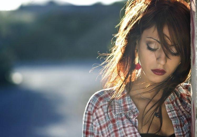 women, Model, Brunette, Red lipstick, Depth of field HD Wallpaper Desktop Background