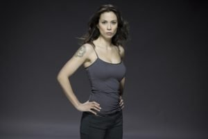 Lexa Doig, Brunette, Tank top, Tattoo, Actress, Continuum, Gray background