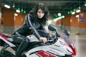 Yulia Snigir, Russian, Brunette