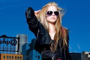 Avril Lavigne, Blonde