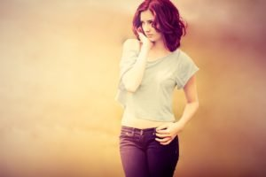 Susan Coffey, Short hair, White tops, Face, Standing, Looking away, Blurred