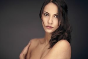 women, Model, Brunette, Brown eyes, Bare shoulders, Looking at viewer