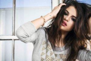 Selena Gomez, Women