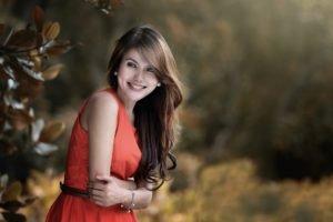 women, Model, Brunette, Red dress, Depth of field, Smiling