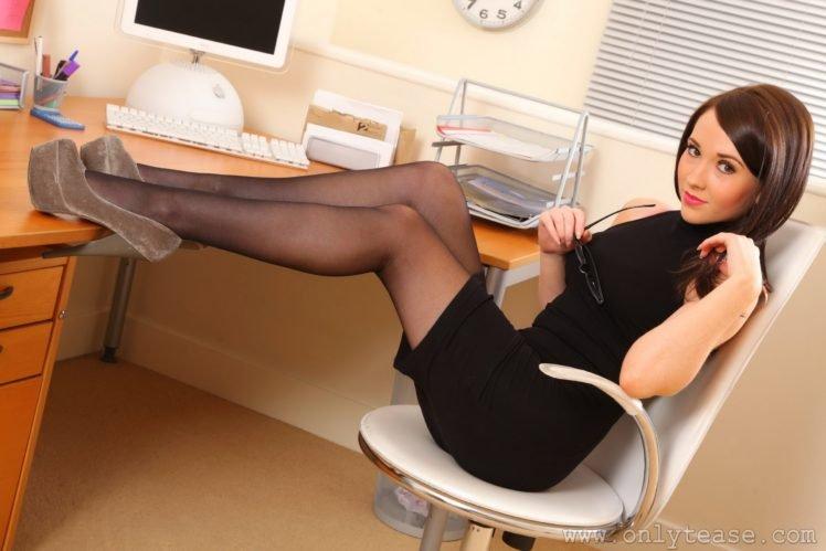 Tamrin Leeanda, Legs HD Wallpaper Desktop Background