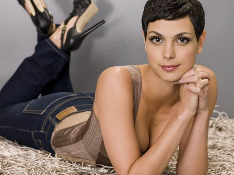 Morena Baccarin, Cleavage, Short hair, Women, Lying on front, High heels, Makeup, Looking at viewer, Brunette, Brown eyes, Sexy HD Wallpaper Desktop Background