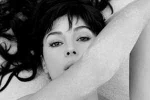 Monica Bellucci, Women, Model, Brunette, Brown eyes, Monochrome, Sand