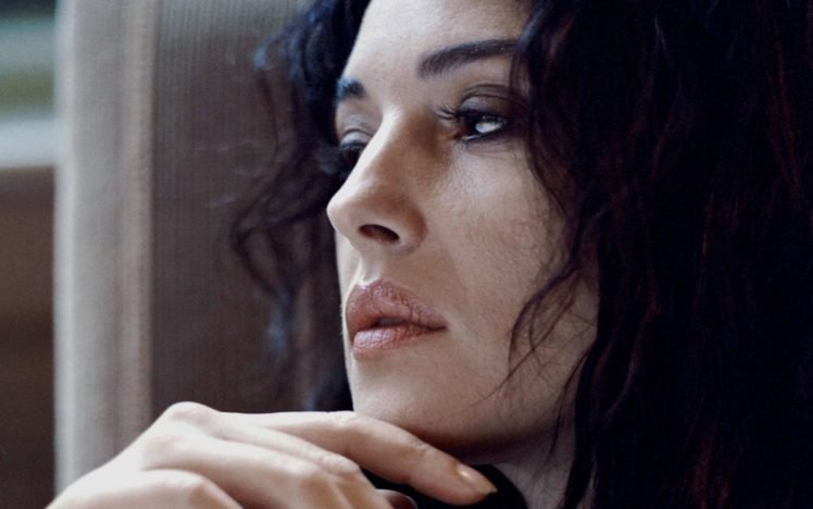 Monica Bellucci Hd Wallpapers Desktop And Mobile Images