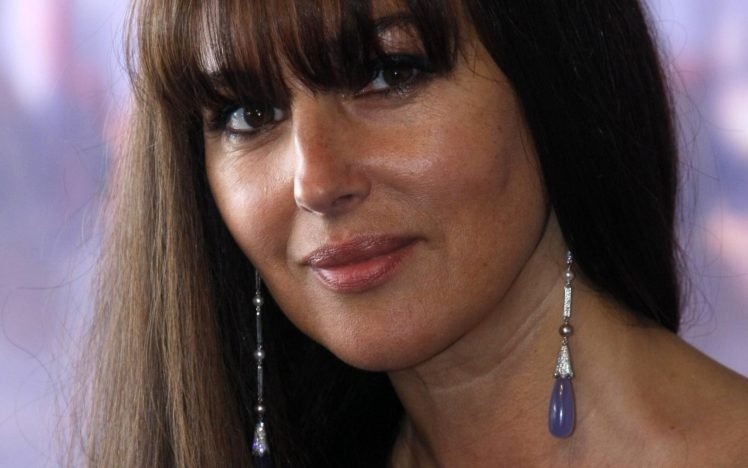 Monica Bellucci Face Hd Wallpapers Desktop And Mobile