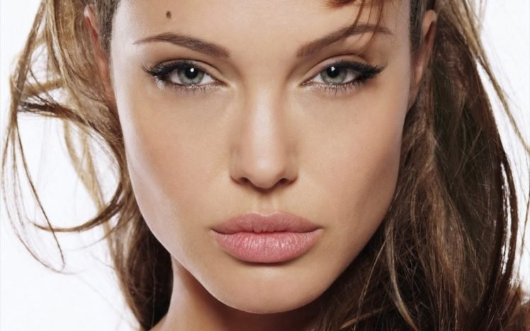 Angelina Jolie HD Wallpaper Desktop Background