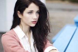 Emily Rudd, Women, Actress, Brunette, Blue eyes, Looking away, Sensual gaze, Long hair, Windy