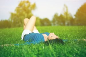 women, Lying down, Women outdoors, Grass, Brunette