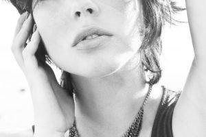 Bia Arantes, Actress, Blue eyes, Model, Short hair