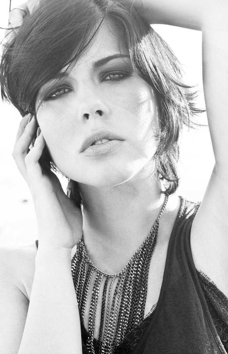 Bia Arantes, Actress, Blue eyes, Model, Short hair HD Wallpaper Desktop Background