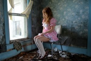 women, Model, Long hair, Sitting, Interiors, Redhead, Abandoned, Chair, Checkered