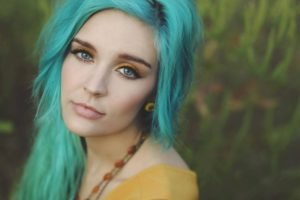 blue hair, Blue eyes