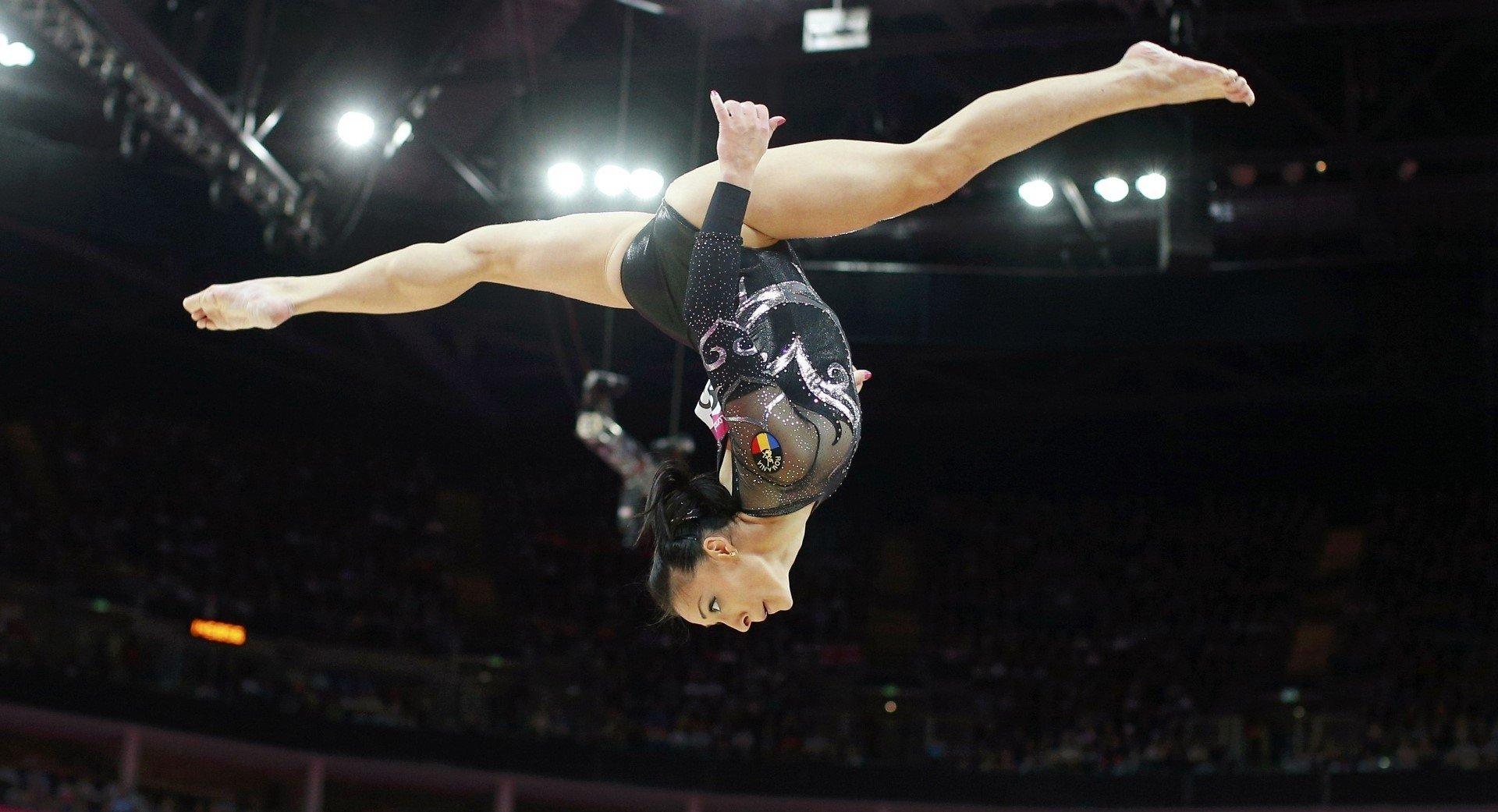 Wallpaper Pc Mobile Sport: Women, Sports, Gymnastics HD Wallpapers / Desktop And