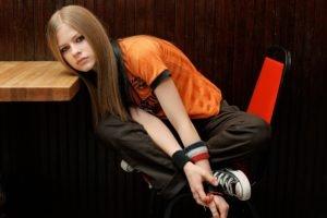 Avril Lavigne, Women, Blonde, Blue eyes, T shirt