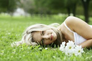 women, Blonde, Nature, Flowers, Lying down, Dress, White dress, Blue eyes, Women outdoors