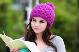 women, Brunette, Selena Gomez, Funny hats, Woolly hat