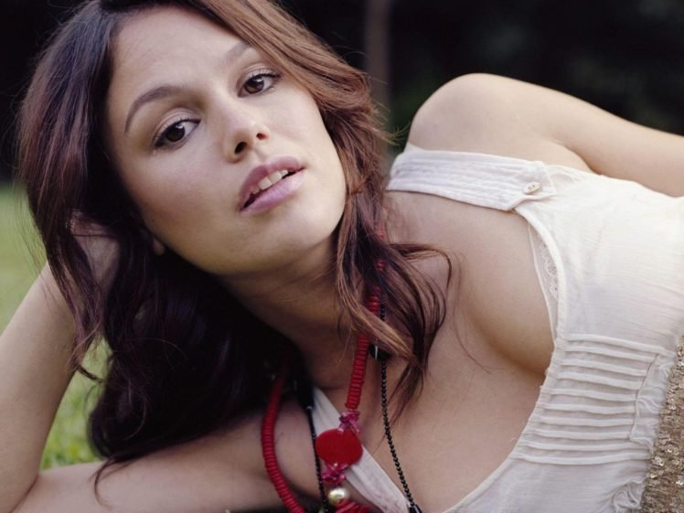 Rachel Bilson, Women, Brunette, Actress, White bra, Cleavage HD Wallpaper Desktop Background