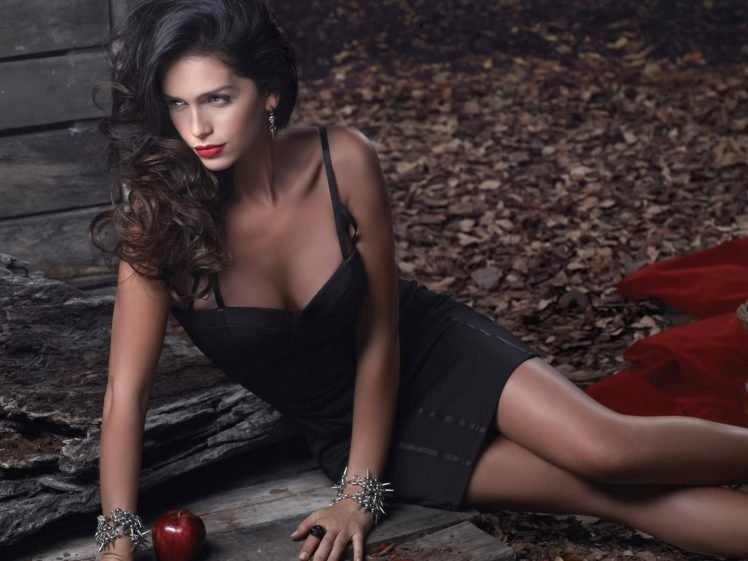 Zaira Nara, Women, Brunette, Model, Dress, Black dress, Apples, Red lipstick HD Wallpaper Desktop Background