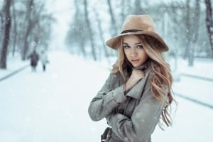 women, Model, Blonde, Long hair, Blue eyes, Open mouth, Looking at viewer, Winter, Snow, Women outdoors, Coats, Cold, Park, Trees
