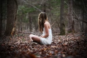 women, Model, Brunette, Long hair, Sitting, Nature, Trees, Forest, Leaves, Fall