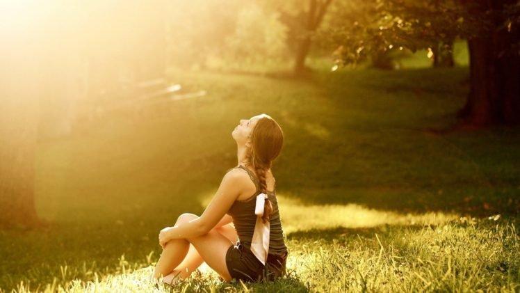 women, Model, Brunette, Long hair, Sitting, Nature, Trees, Braids, Shorts, Tank top, Sunlight, Park, Field, Grass, Looking up, Barefoot HD Wallpaper Desktop Background