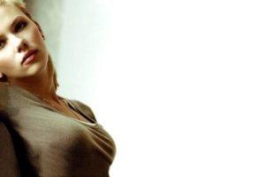 Scarlett Johansson, Women