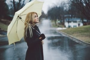 women, Blonde, Rain, Umbrella, Street, Long hair, Lenay Dunn