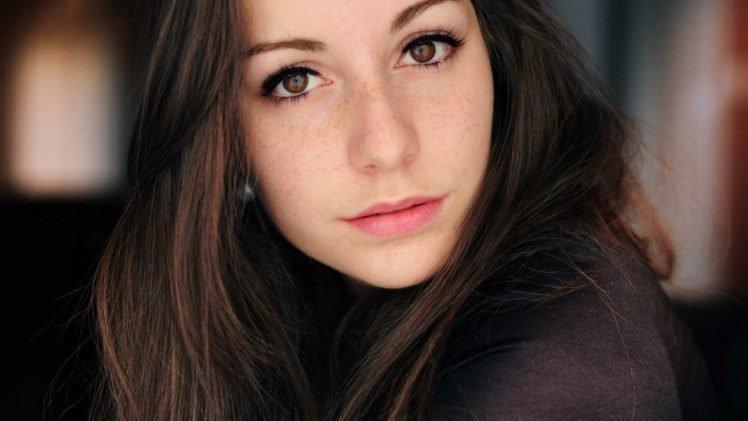 women, Face, Freckles, Brown eyes, Brunette HD Wallpaper Desktop Background