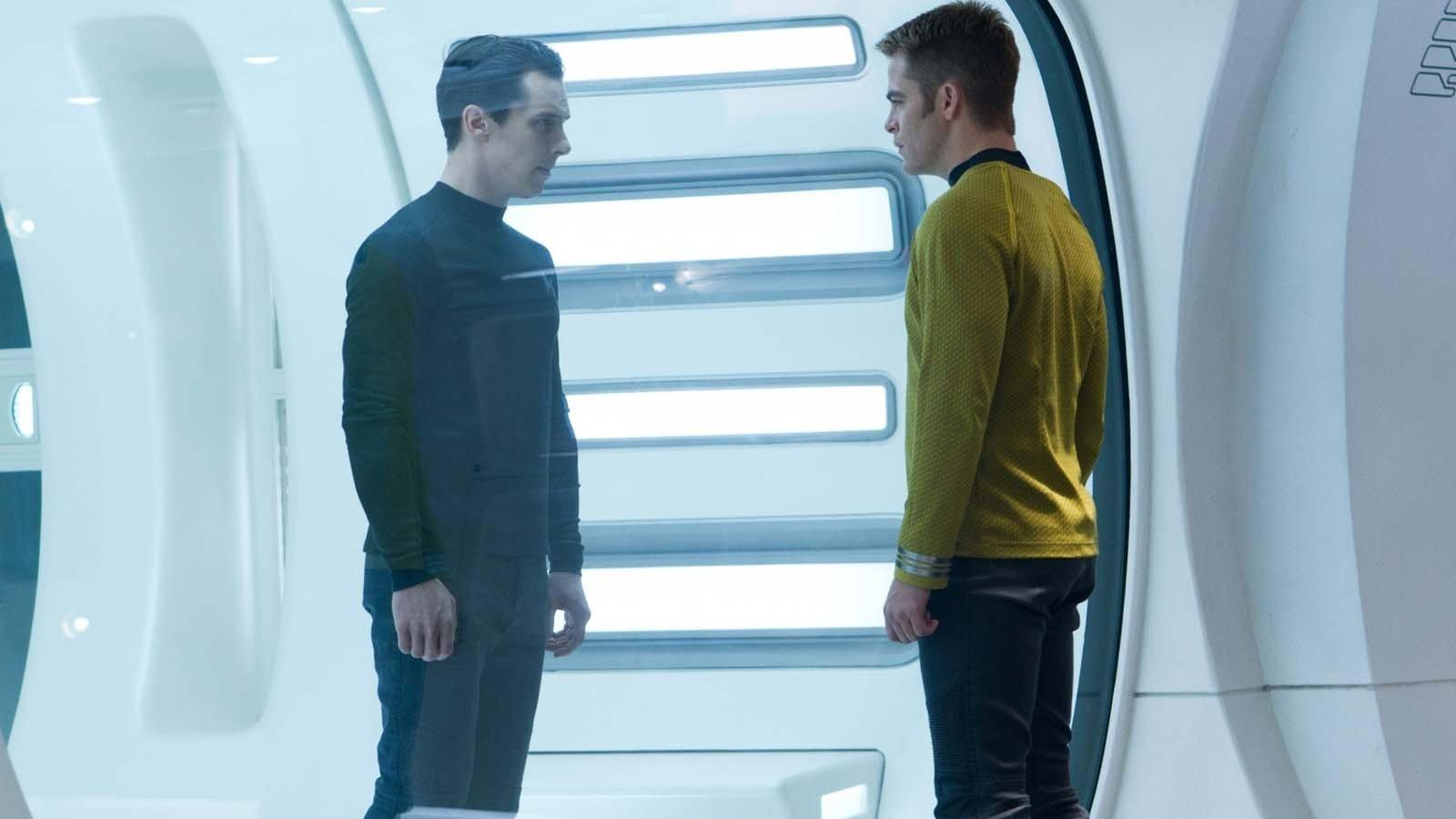 Star Trek Into Darkness Benedict Cumberbatch Chris Pine Khan