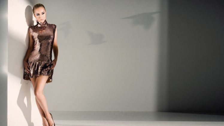 Hayden Panettiere, Actress, Blonde, Skirt, High heels HD Wallpaper Desktop Background
