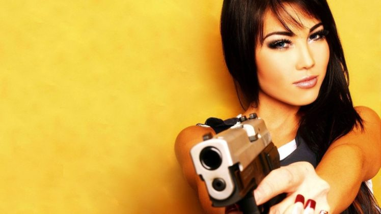 women, Brunette, Pistol HD Wallpaper Desktop Background