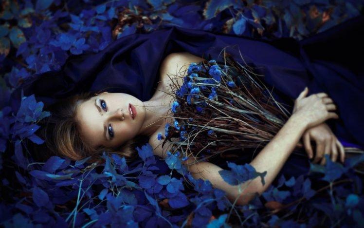women, Flowers, Model, Blue eyes, Blue flowers, Lying on back, Women outdoors, Bouquets, Bare shoulders, Looking at viewer HD Wallpaper Desktop Background