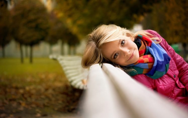 fall, Women, Blonde, Scarf, Bench, Looking at viewer, Face, Women outdoors, Park, Smiling, Depth of field, Trees HD Wallpaper Desktop Background