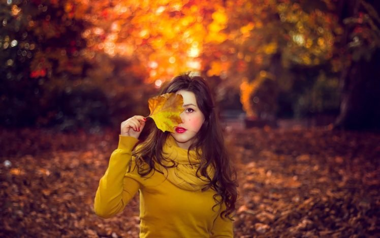 women, Seasons, Women outdoors, Leaves, Fall, Brunette HD Wallpaper Desktop Background