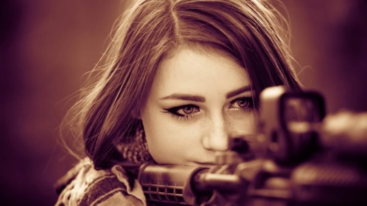 brunette, Women, Face, Model, Gun, Army girl, Closeup HD Wallpaper Desktop Background
