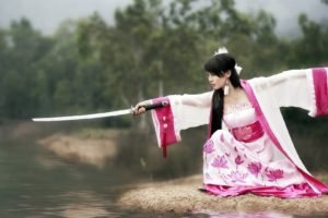 women, Model, Brunette, Long hair, Women outdoors, Nature, Trees, Asian, Japanese clothes, Katana, Water, Blurred, Rock, Japanese women
