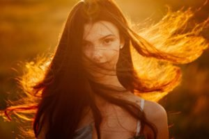 women, Face, Long hair, Looking at viewer, Sunlight, Windy, Brunette