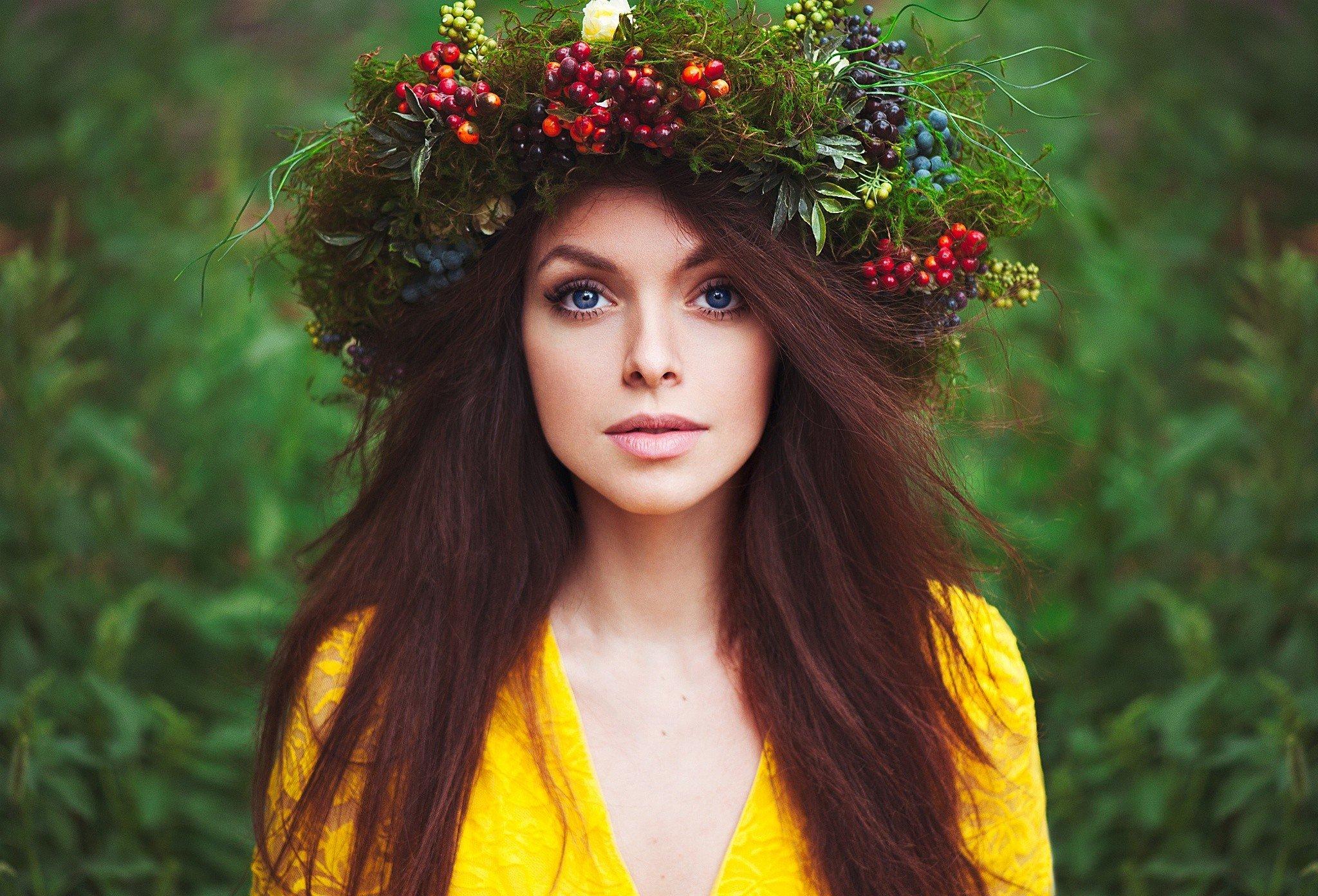 women, Face, Blue eyes, Long hair, Looking at viewer, Brunette Wallpaper