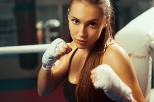 brunette, Boxing
